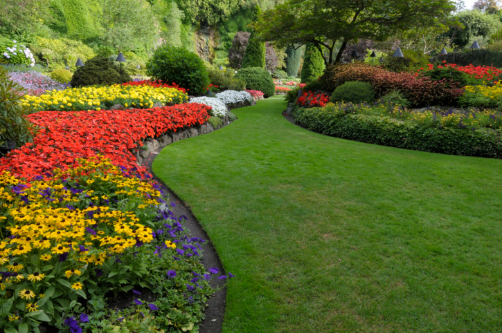 Englert landscaping services landscaping in pittsburgh pa for Best garden maintenance